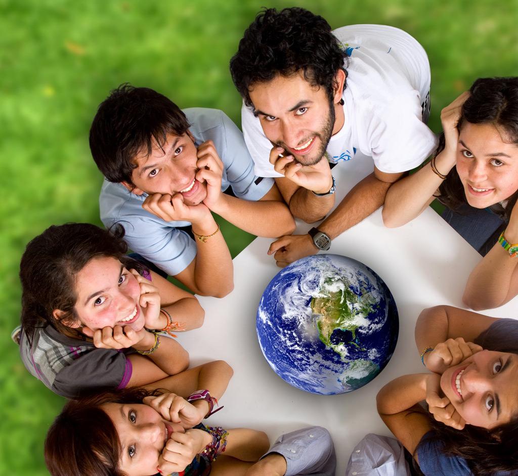 地球と外国人写真